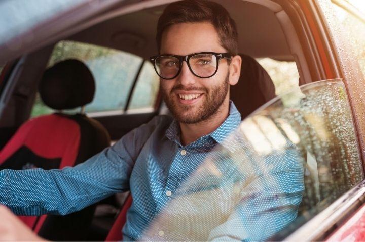 Confira 5 dicas para comparar veículos antes de alugar