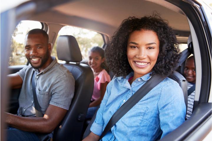 Melhores carros para viajar em família: compare os modelos!