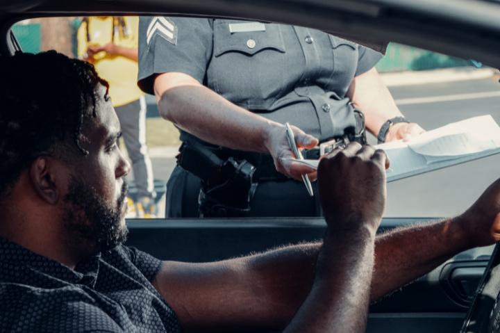 Blitz policial: o que você precisa saber e como se comportar