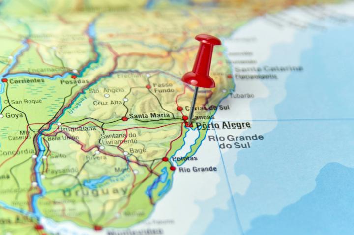 Aluguel de carro em Porto Alegre: saiba onde reservar e o que fazer na capital