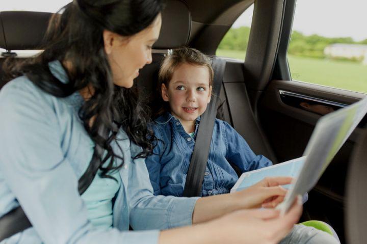 Cuidados ao viajar de carro com crianças