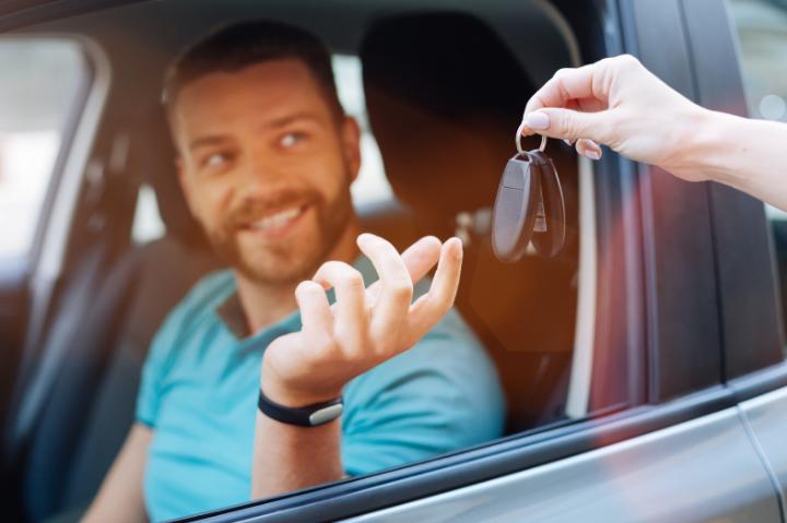aluguel mensal de carros preço